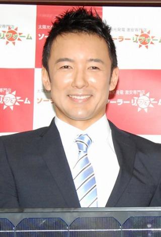 ソーラーリフォームの2012年度新入社員入社式に出席した山本太郎 (C)ORICON DD inc.
