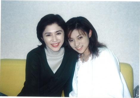 深田恭子がプライベート写真を初公開 田中好子さんは当時42歳(写真提供:フジテレビ)
