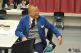 4月26日放送の関ジャニ∞・錦戸亮主演のドラマ『パパドル!』にゲスト出演する笑福亭鶴瓶(C)TBS