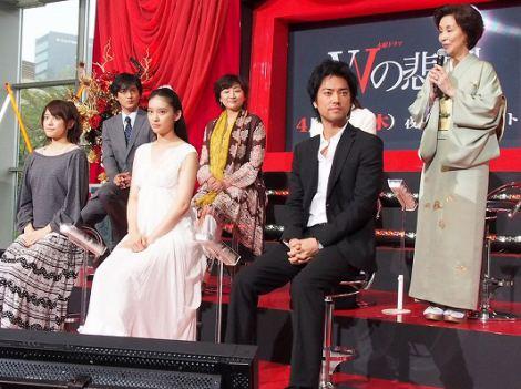 ドラマ『Wの悲劇』の制作発表会見で主演の武井咲を絶賛した野際陽子 (C)ORICON DD inc.