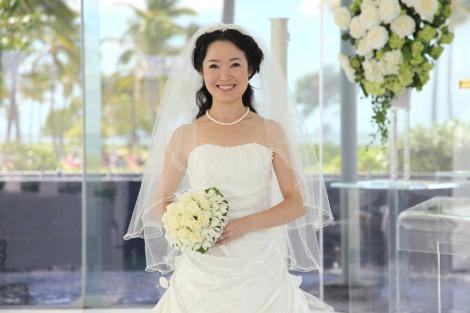 サムネイル 妊娠5ヶ月を発表した田川寿美(写真は昨年10月10日に行ったハワイ挙式の模様)