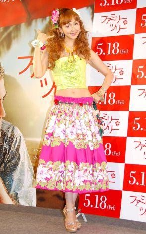 サムネイル 産後半年で15.5キロ減のくびれた美ボディを披露した神田うの (C)ORICON DD inc.