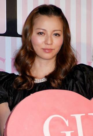 サムネイル 映画『ガール』完成報告パーティーに出席した女性陣で唯一独身の香里奈 (C)ORICON DD inc.