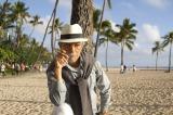 『セロのマジカル・バケーション in Hawaii』に登場するセロのおじさん:リチャード Photographer: Mark Arbeit Hair & Make-up: Laine Sykes Stylist: Elinor
