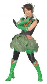 ホウレンジャー(ほうれん草)に扮する大島優子