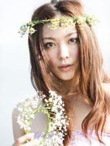 『美人百花』で雑誌モデルとして本格復帰する徳澤直子