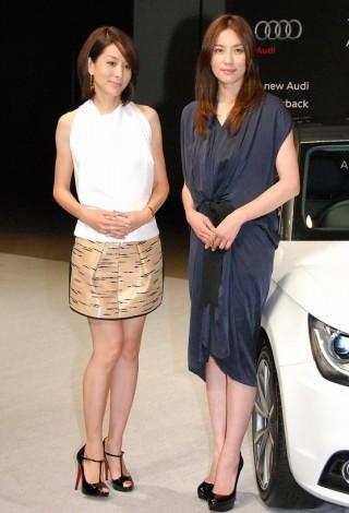 新型『Audi A1 Sportback』発表会に出席した(左から)内田恭子、瀬戸朝香 (C)ORICON DD inc.