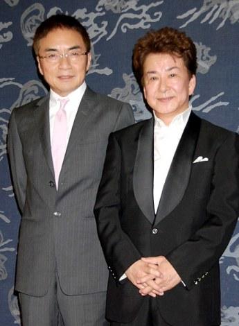 舟木一夫の芸能生活50周年謝恩パーティーに出席したパーティーに出席した三田明(右)と西郷輝彦 (C)ORICON DD inc.