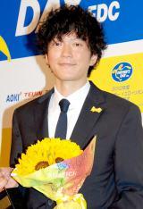『第31回イエローリボン賞(ベスト・ファーザー)』を受賞した田辺誠一 (C)ORICON DD inc.