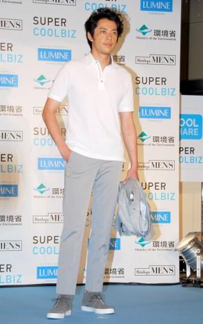 『HANKYU MEN'S TOKYO ×LUMINE YURAKUCHO SUPER COOLBIZ COLLECTION』に出席した敦士 (C)ORICON DD inc.