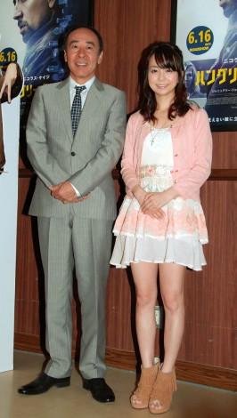 映画『ハングリー・ラビット』公開記念イベントに出席したモト冬樹と福田萌(右) (C)ORICON DD inc.