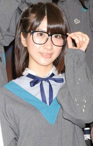 『AKB48美術部展覧会〜額だけ立派ですいません!〜』プレス内覧会に出席したAKB48の石田晴香 (C)ORICON DD inc.
