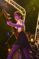 ベース&ボーカルのMAIKO