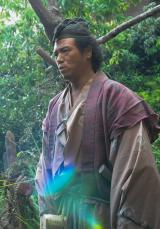 大河ドラマ『平清盛』で伊東祐親の家来・伊三郎を演じるやべきょうすけ (C)NHK