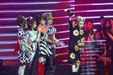 MTVの音楽授賞式『MTV VIDEO MUSIC AWARDS JAPAN(VMAJ)2012』にて最優秀R&B ビデオ賞を受賞した加藤ミリヤ    写真提供: MTV Networks Japan