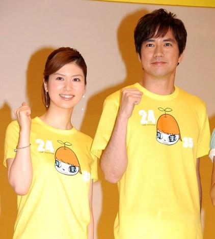 『24時間テレビ35「愛は地球を救う」』制作発表会見を行った(左から)鈴江奈々アナ、羽鳥慎一アナ  (C)ORICON DD inc.