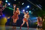 渡辺美優紀がAKB48チームBのメンバーとして初出演した5th「シアターの女神」公演の模様 (C)AKS