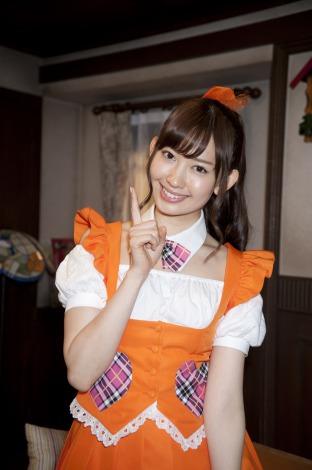 日本テレビ系深夜ドラマ『メグたんって魔法つかえるの?』に主演するAKB48小嶋陽菜