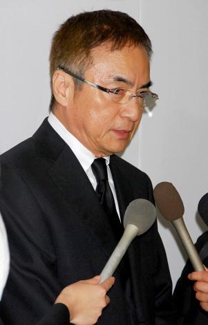 小野ヤスシさんの告別式に参列した西郷輝彦 (C)ORICON DD inc.