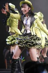 HKT48のメンバーとして劇場公演に初出演した指原莉乃(C)AKS