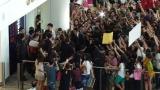 香港国際空港は一時騒然