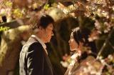 17日に最終回を迎えたドラマ『はつ恋』がディレクターズカットスペシャル版で再放送決定。主演の木村佳乃(右)と初恋の相手を演じた伊原剛志(左) (C)NHK