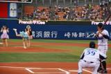 プロ野球・DeNA‐ヤクルト戦で始球式を行ったフレンチ・キスの倉持明日香 (C)ORICON DD inc.