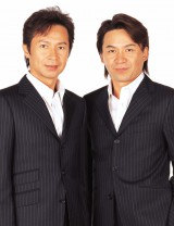 再結成する狩人(左から兄・加藤久仁彦、弟・加藤高道)