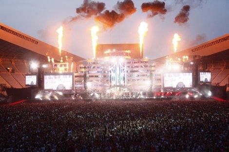 大阪・長居スタジアム2Daysでのべ10万人を熱狂させたGLAY
