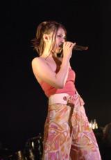 初の全国ホールツアー『阿部真央らいぶ No.4』を6月よりスタートさせ、7月30日・31日の2日間、デビューのきっかけを掴んだ思い出の地・渋谷公会堂で東京公演を行った阿部真央