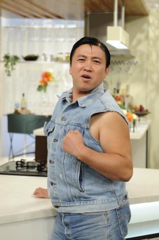 『上沼恵美子のおしゃべりクッキング』の収録で、プライベートを赤裸々に語ったスギちゃん(C)ABC