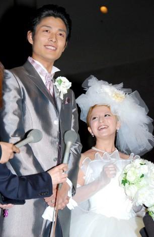 結婚披露宴前に会見を開いた中村昌也&矢口真里 (C)ORICON DD inc.