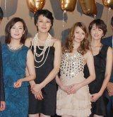映画『ガール』公開初日に幸せ真っ盛りの女優陣が登壇(写真左より)昨年結婚した檀れい、妊娠8ヶ月の板谷由夏、香里奈、吉瀬美智子 (C)ORICON DD inc.