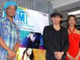 ロックミュージカル『チック、チック...ブーン!』の製作発表会見に出席した(左から)ジェロ、山本耕史、すみれ (C)ORICON DD inc.