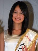 『第13回全日本国民的美少女コンテスト』でグランプリに輝いた吉本実憂さん (C)ORICON DD inc.