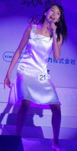 『第13回全日本国民的美少女コンテスト』でいきものがかりの「気まぐれロマンティック」を歌唱した小澤奈々花さん (C)ORICON DD inc.