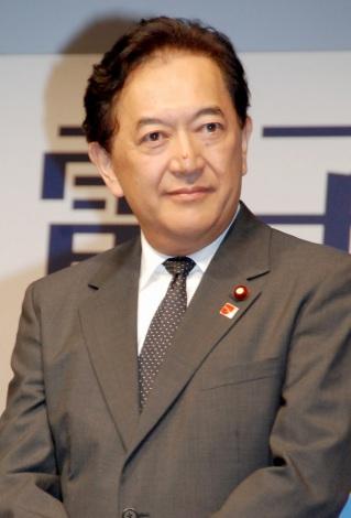 『E★エブリスタ 電子書籍大賞2012』の授賞式に出席した田中康夫氏 (C)ORICON DD inc.