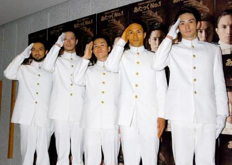 舞台『あたっくNo.1』公開けいこを行った(左から)小澤雄太、秋山真太郎、TETSUYA、KENCHI、町田啓太 (C)ORICON DD inc.