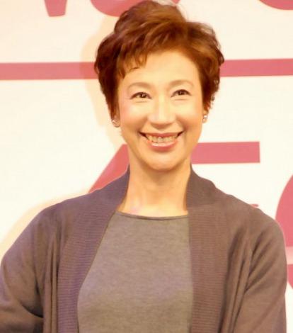 イオン『G.Gデー』記者発表会に出席した前田美波里