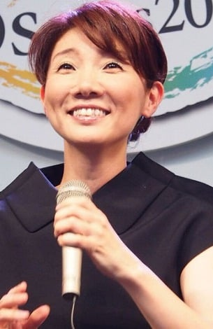 デュエット曲「秘そやかに華やかに」を初披露した松居直美 (C)ORICON DD inc.