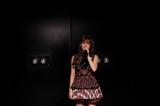 ファンの前であいさつする前田敦子 =「AKB48劇場 前田敦子卒業公演」の模様 (C)AKS