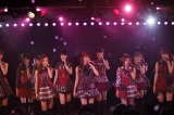 「AKB48劇場 前田敦子卒業公演」の模様 (C)AKS