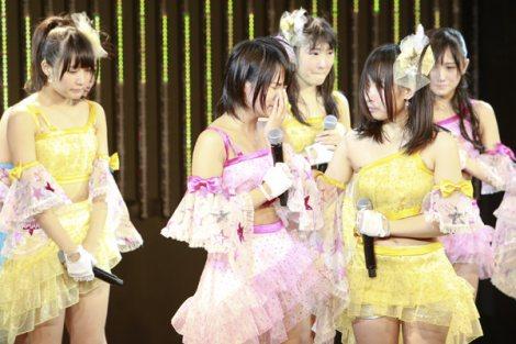 学業専念のためNMB48卒業を発表した城恵理子(中央)(C)NMB48