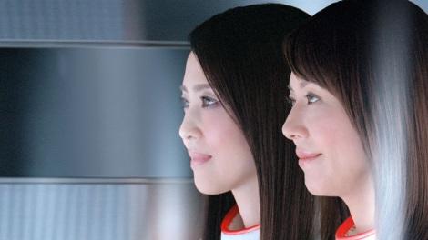 サムネイル 松田聖子と小泉今日子(右)が出演する『アスタリフト』新CM