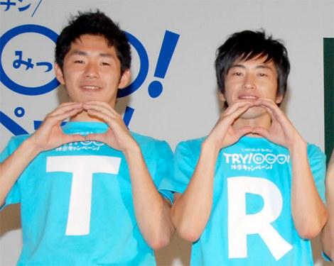 パナソニックのキッチン『TRY!○○○!体感キャンペーン』キャンペーンワゴン出発式に出席したしずる(左から池田一真、村上純) (C)ORICON DD inc.