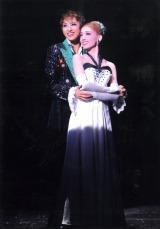 参考写真「フットルース」より (C)宝塚歌劇団