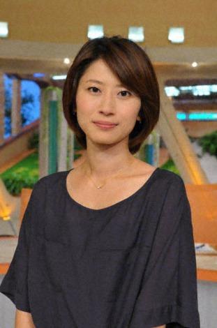 岡村仁美アナウンサーはスポーツ担当からニュース担当のキャスターに(C)TBS