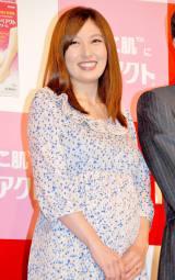 妊娠8ヶ月の熊田曜子 (C)ORICON DD inc.