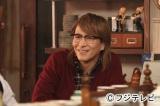 10月21日スタートのフジテレビ系新番組『スナック喫茶「エデン」』にレギュラー出演する小室哲哉