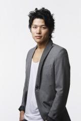 実写化が決定した映画『ガッチャマン』にみみずくの竜役で出演する鈴木亮平
